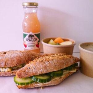 lunchox deluxe van Krop en Kool. Biologische duurzame luxe lunch bestel je bij Krop en Kool